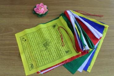 Himalaya 25 Tibetische Gebetsfahnen 30x18cm Gesamtlänge 700cm Nepal